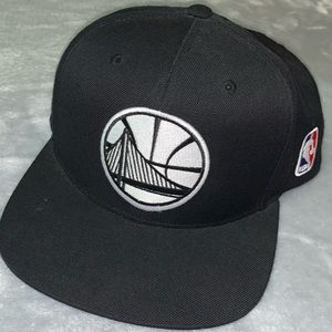 Golden State Warriors flat brim hat.